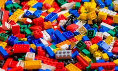 Friday Five: Awesome DIY LEGO Builds!